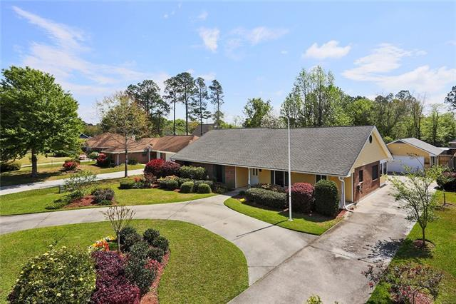 839 Cross Gates Boulevard, Slidell, LA 70461 (MLS #2196620) :: The Sibley Group