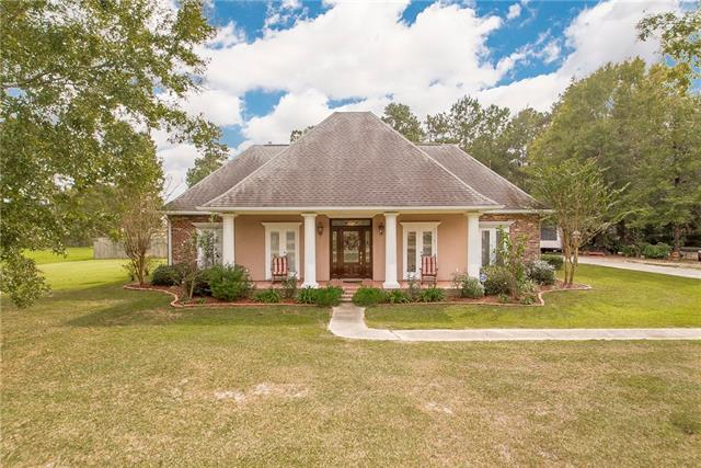 41472 Rue Chene, Ponchatoula, LA 70454 (MLS #2196906) :: Crescent City Living LLC