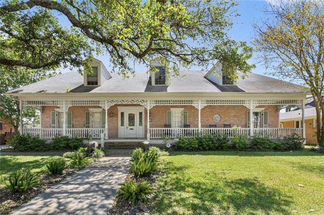 1718 Leon C Simon Drive, New Orleans, LA 70122 (MLS #2197061) :: Watermark Realty LLC