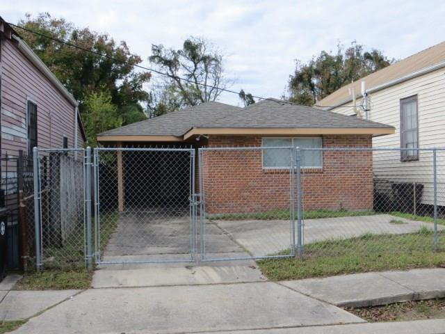 1520 Clouet Street, New Orleans, LA 70117 (MLS #2197162) :: Parkway Realty