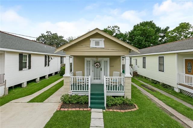 1112 8TH Street, Gretna, LA 70053 (MLS #2197394) :: Crescent City Living LLC