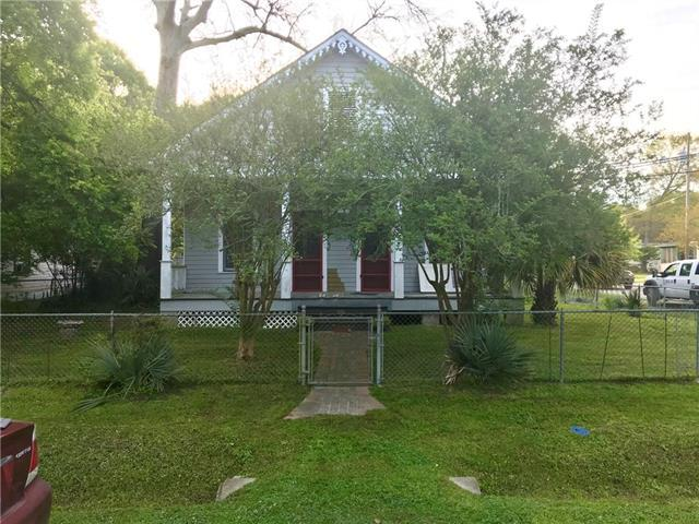 2588 College Street, Slidell, LA 70458 (MLS #2197494) :: Parkway Realty