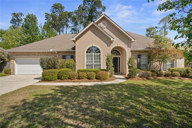 648 Avenue De Bellevue Avenue, Covington, LA 70433 (MLS #2197845) :: Inhab Real Estate