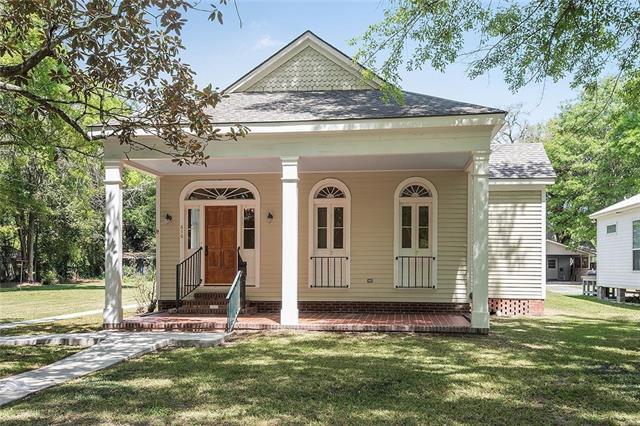 616 W 22 ND Avenue, Covington, LA 70433 (MLS #2197915) :: Inhab Real Estate