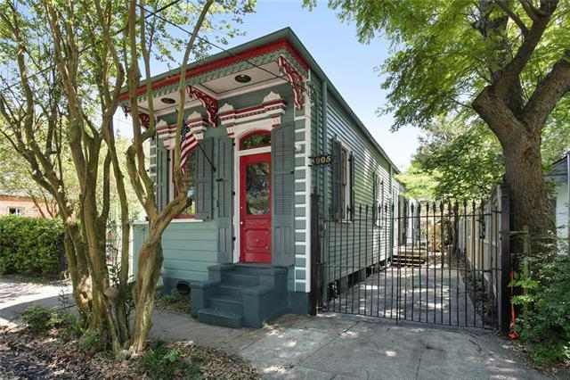 905 Poland Avenue, New Orleans, LA 70117 (MLS #2198267) :: Inhab Real Estate