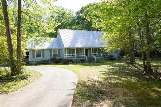 101 Primrose Drive, Covington, LA 70433 (MLS #2198276) :: Inhab Real Estate