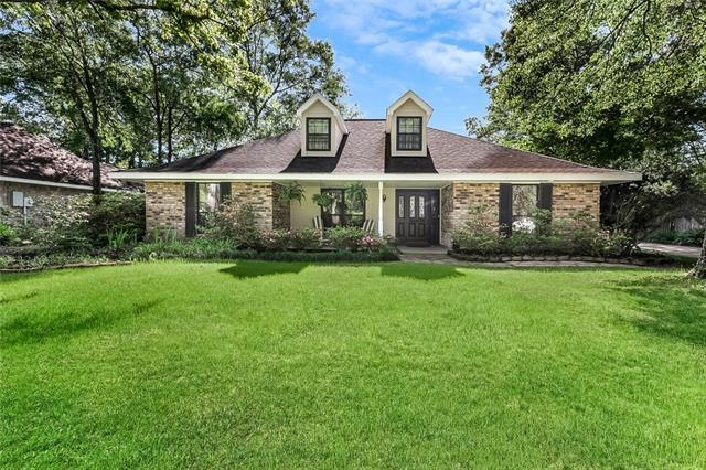 225 Mako Nako Drive, Mandeville, LA 70471 (MLS #2198316) :: Turner Real Estate Group