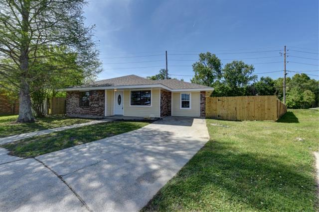 3025 Yorktowne Drive, La Place, LA 70068 (MLS #2198442) :: Inhab Real Estate