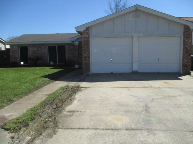 4009 S Chipwood Drive, Harvey, LA 70058 (MLS #2198615) :: Turner Real Estate Group