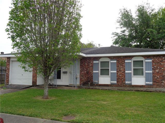 621 Clinebrook Drive, Gretna, LA 70056 (MLS #2198758) :: Watermark Realty LLC