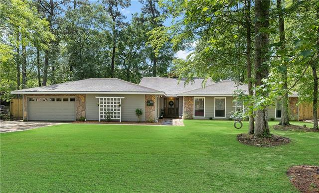 946 Winona Drive, Mandeville, LA 70471 (MLS #2198819) :: Inhab Real Estate