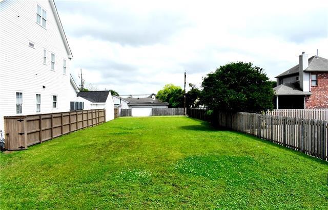 6319 Milne Boulevard, New Orleans, LA 70124 (MLS #2198975) :: Parkway Realty