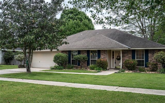 137 Everest Drive, Slidell, LA 70458 (MLS #2199549) :: Turner Real Estate Group