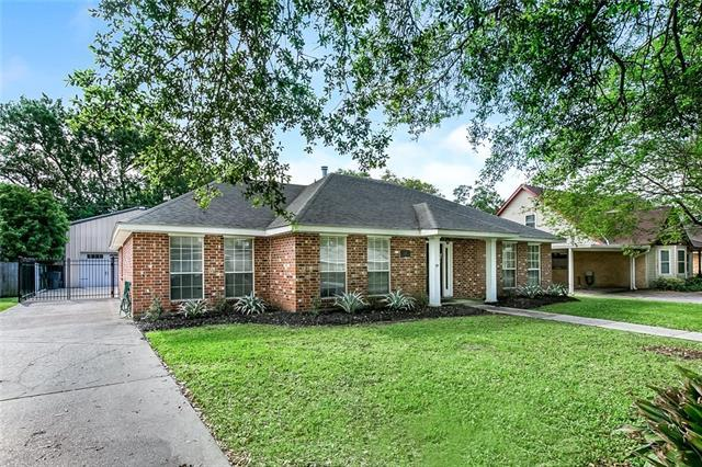 124 Gondrella Drive, Belle Chasse, LA 70037 (MLS #2199587) :: Top Agent Realty