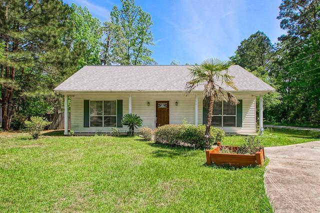 1101 Cawson Street, Mandeville, LA 70448 (MLS #2199724) :: Inhab Real Estate
