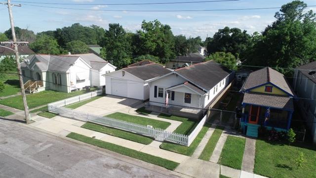 2650 Jasmine Street, New Orleans, LA 70122 (MLS #2199919) :: The Sibley Group