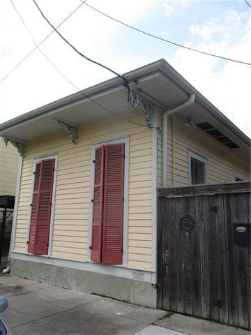 3509 Dauphine Street, New Orleans, LA 70117 (MLS #2200196) :: Inhab Real Estate