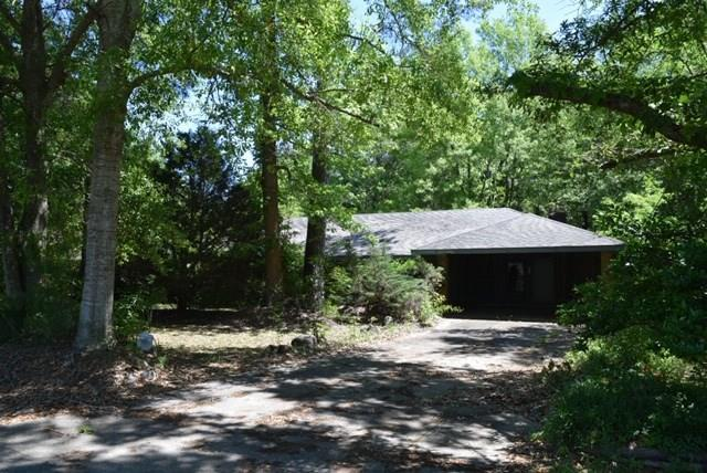 1614 Meadowlea Street, Bogalusa, LA 70427 (MLS #2200201) :: Inhab Real Estate