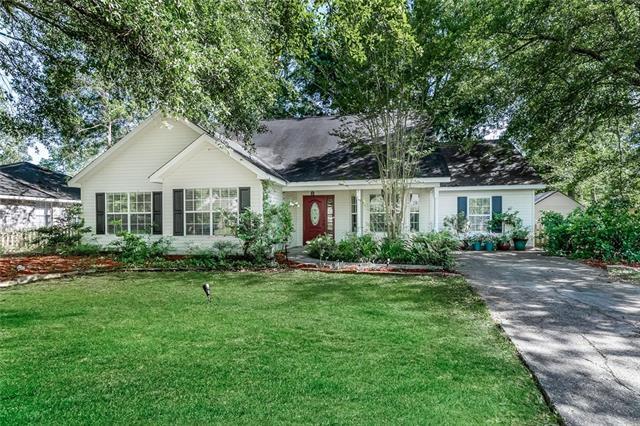 30 Shady Oaks Drive, Covington, LA 70433 (MLS #2200214) :: The Sibley Group