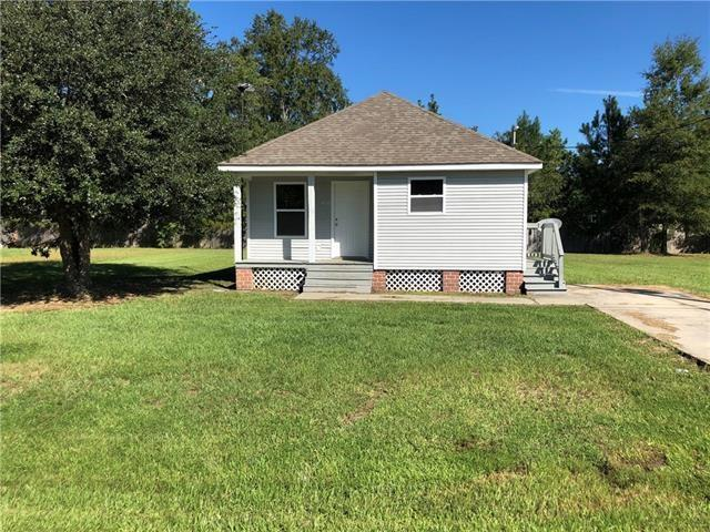 21317 Southern Pines Boulevard, Ponchatoula, LA 70454 (MLS #2200224) :: Inhab Real Estate