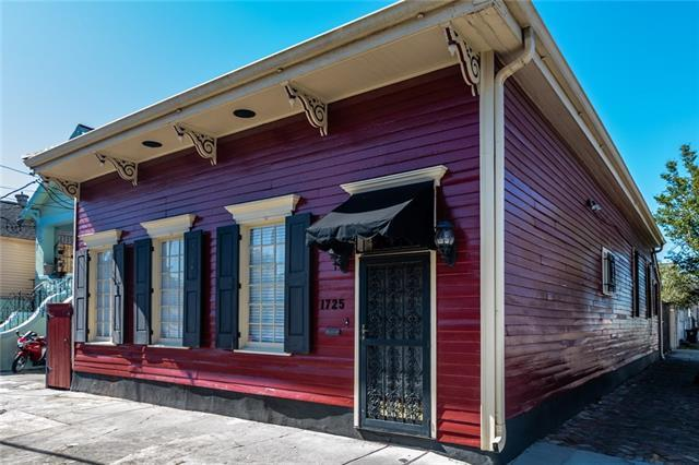 1725 Burgundy Street, New Orleans, LA 70116 (MLS #2200390) :: Inhab Real Estate