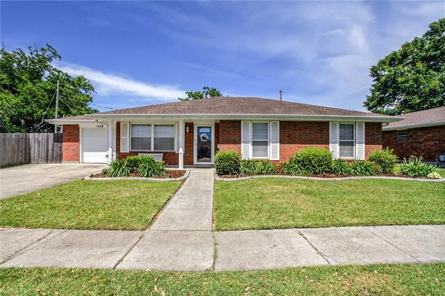 428 Sugarpine Drive, Gretna, LA 70056 (MLS #2200435) :: Watermark Realty LLC