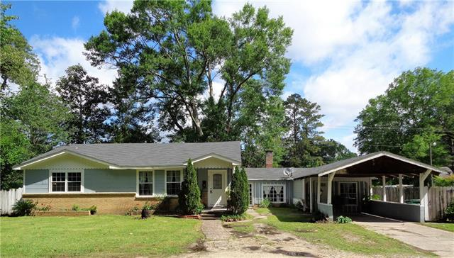 627 Caston Avenue, Bogalusa, LA 70427 (MLS #2200475) :: Turner Real Estate Group