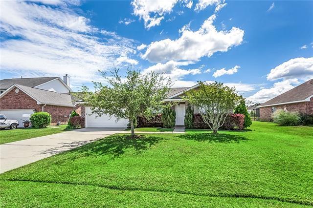 284 Penn Mill Lakes Boulevard, Covington, LA 70435 (MLS #2200519) :: Inhab Real Estate