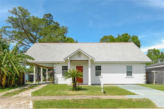 1815 Cooper Road, Gretna, LA 70056 (MLS #2200725) :: Watermark Realty LLC