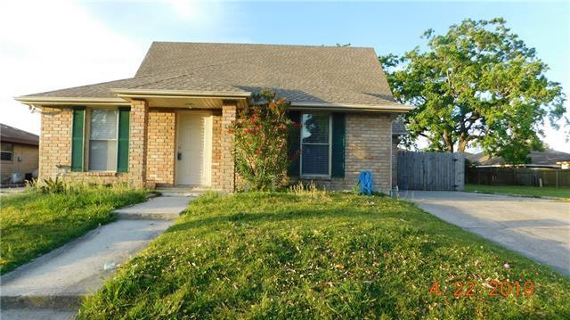 8537 Deerfield Drive, Chalmette, LA 70043 (MLS #2200911) :: Inhab Real Estate