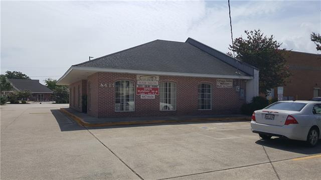 4417 Clearview Parkway, Metairie, LA 70006 (MLS #2200938) :: The Sibley Group