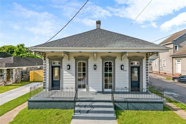5302 Dauphine Street, New Orleans, LA 70117 (MLS #2200983) :: Crescent City Living LLC