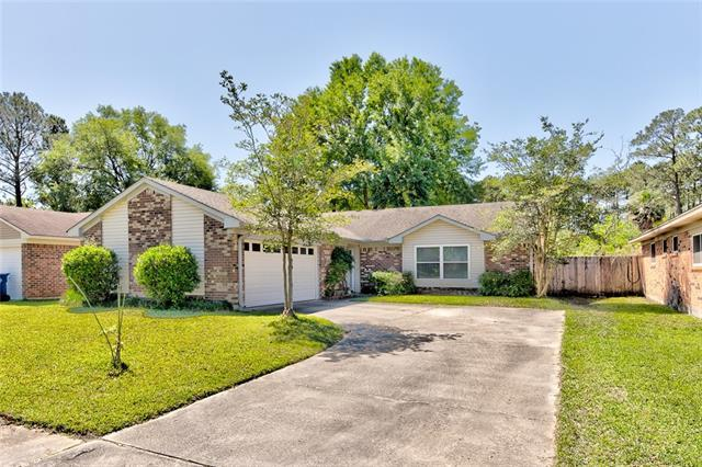211 Portsmouth Drive, Slidell, LA 70460 (MLS #2201055) :: Top Agent Realty