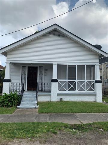 2827 Gen Ogden Street, New Orleans, LA 70118 (MLS #2201107) :: Robin Realty