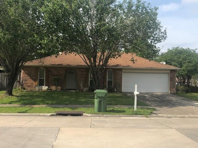 300 Crescentwood Drive, Slidell, LA 70458 (MLS #2201115) :: Inhab Real Estate