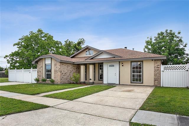 2800 Tara Drive, Violet, LA 70092 (MLS #2201118) :: Top Agent Realty
