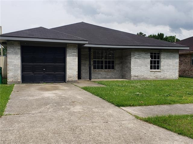 2422 S Sugar Ridge Drive, La Place, LA 70068 (MLS #2201500) :: Inhab Real Estate