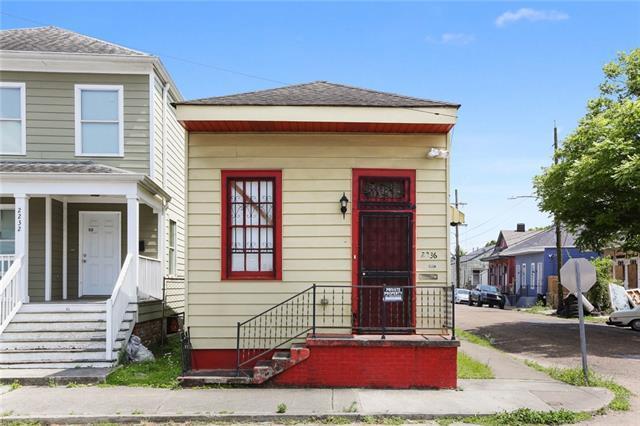 2236 S Robertson Street, New Orleans, LA 70113 (MLS #2201842) :: Crescent City Living LLC