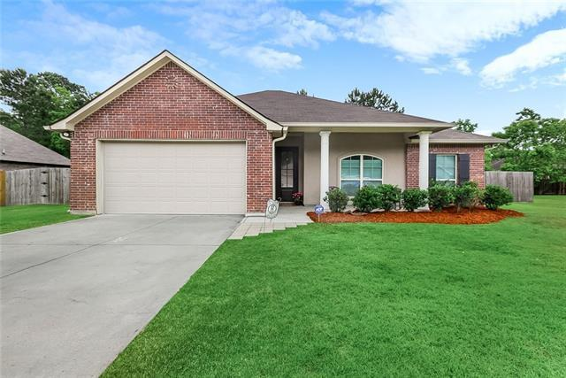 320 Coconut Palm Drive, Madisonville, LA 70447 (MLS #2201934) :: Top Agent Realty