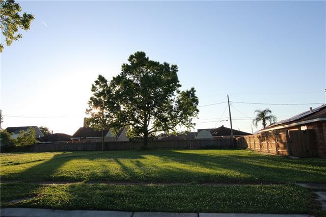 2812 Marquez Street, Meraux, LA 70075 (MLS #2202011) :: Amanda Miller Realty