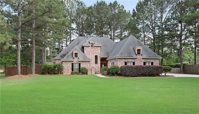 219 Thornwood Drive, Covington, LA 70435 (MLS #2202116) :: Turner Real Estate Group