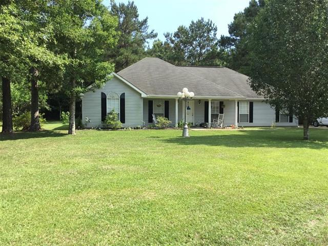 23096 Country River Drive, Ponchatoula, LA 70454 (MLS #2202382) :: Turner Real Estate Group