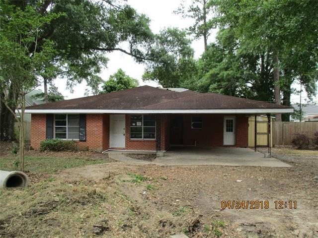 835 Maine Avenue, Slidell, LA 70458 (MLS #2202402) :: The Sibley Group