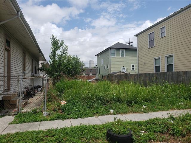 2725 Josephine Street, New Orleans, LA 70113 (MLS #2202417) :: Crescent City Living LLC