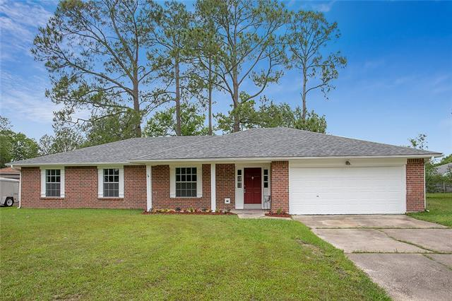 111 Berrywood Court, Slidell, LA 70461 (MLS #2202519) :: Amanda Miller Realty