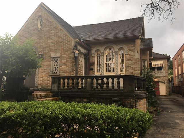 3718 Gentilly Boulevard, New Orleans, LA 70122 (MLS #2202536) :: The Sibley Group