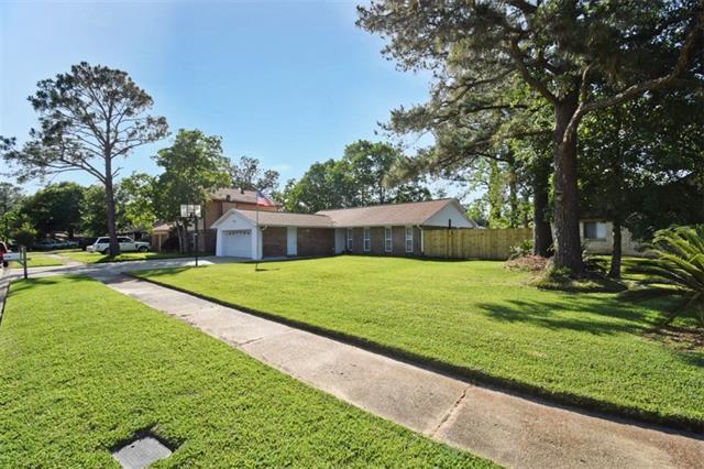 207 Somerset Drive, Slidell, LA 70461 (MLS #2202543) :: Inhab Real Estate