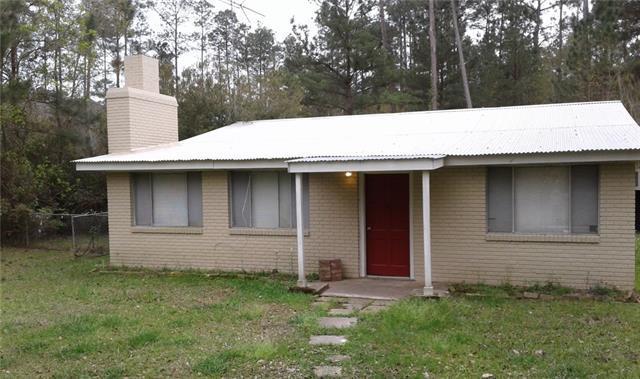 23104 Carter Street, Mandeville, LA 70471 (MLS #2202832) :: Crescent City Living LLC