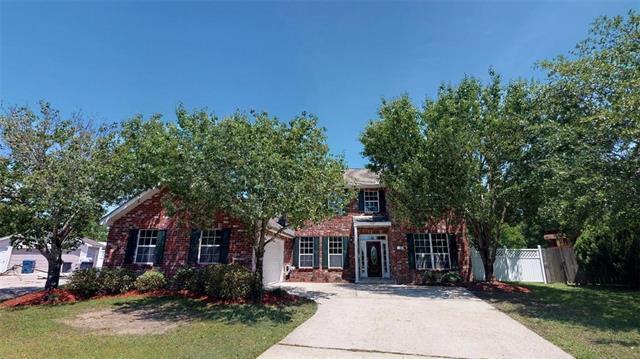 1009 Wallace Court, Slidell, LA 70461 (MLS #2203048) :: Inhab Real Estate