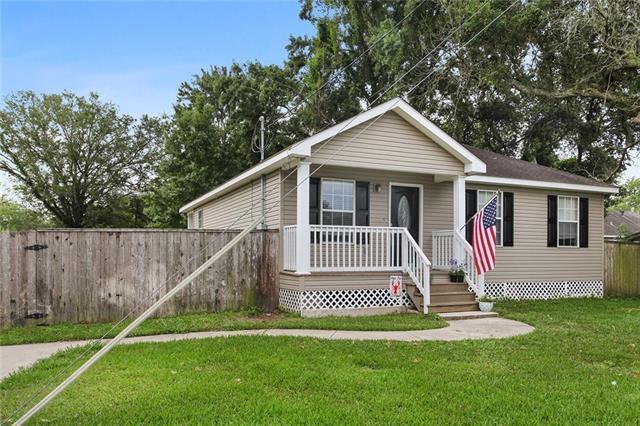 612 W Hoover Street, Destrehan, LA 70047 (MLS #2203164) :: Crescent City Living LLC